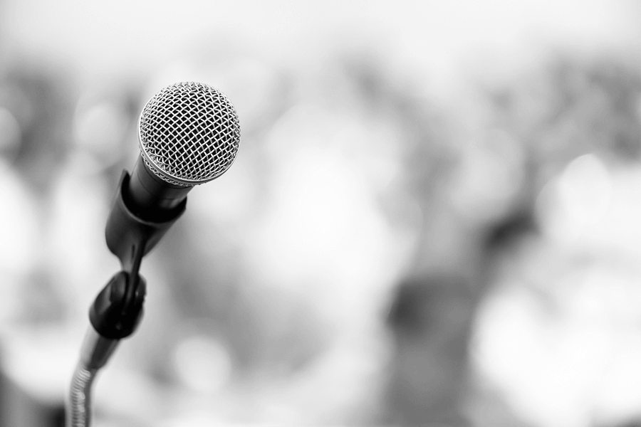 artful speaking mic b-w